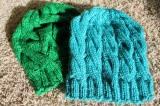 Yarn along: Hats &Cowls